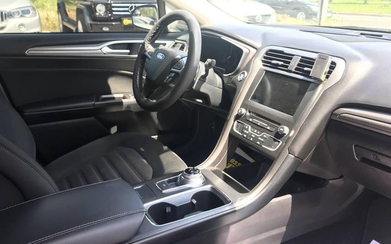 Ford Fusion Se 2017 фото №8
