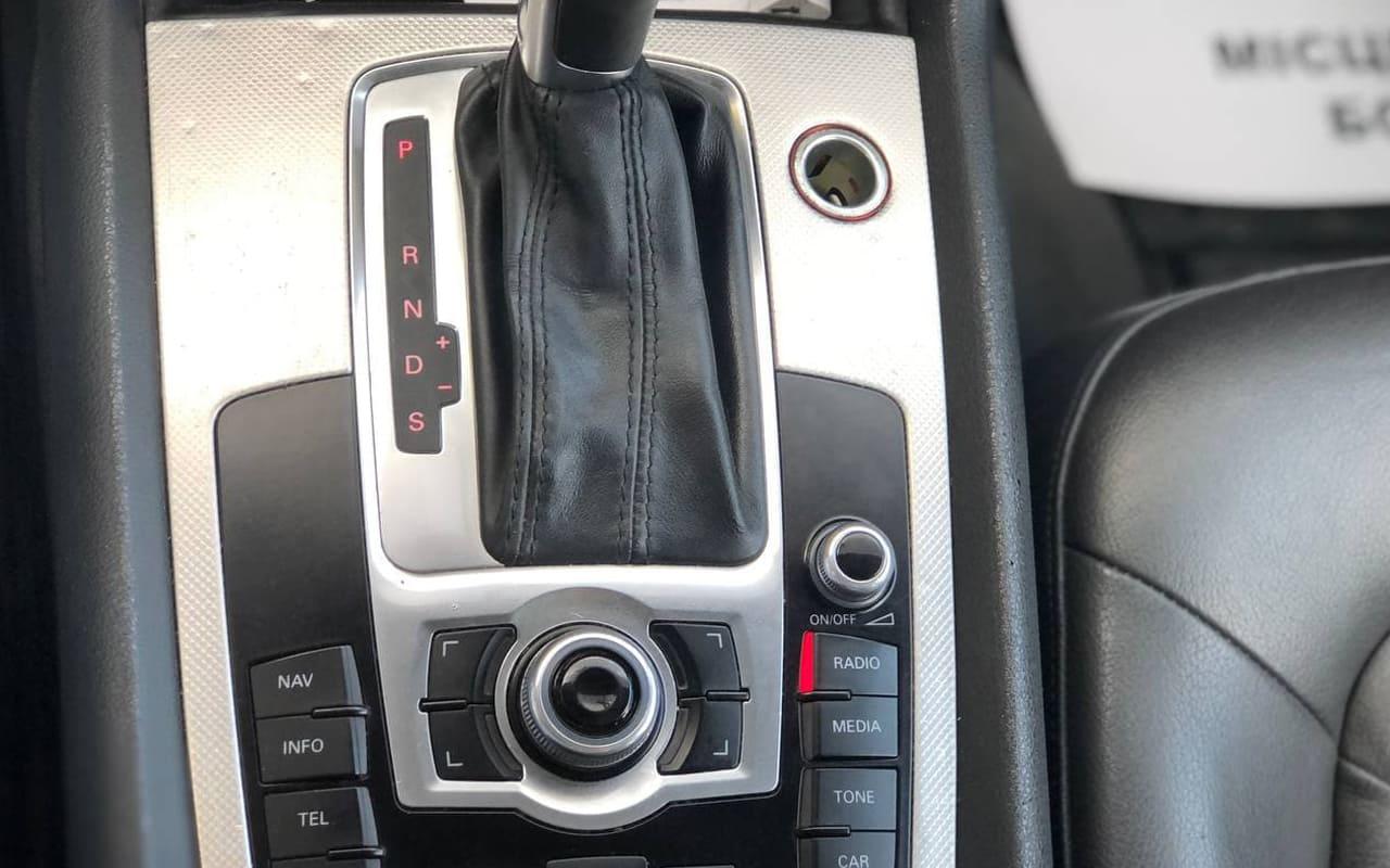 Audi Q7 2014 фото №16