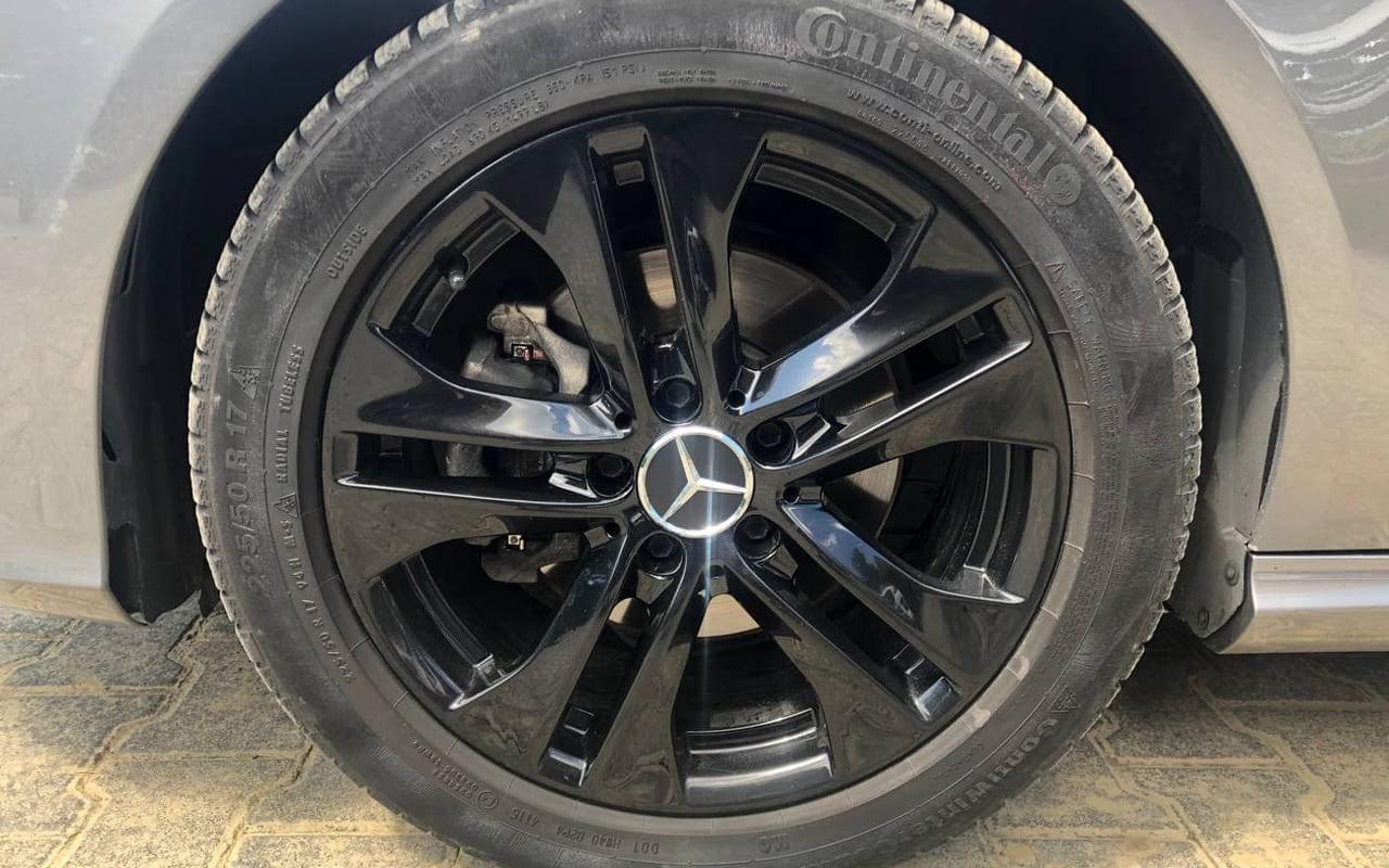 Mercedes-Benz CLA 220 2013 фото №17