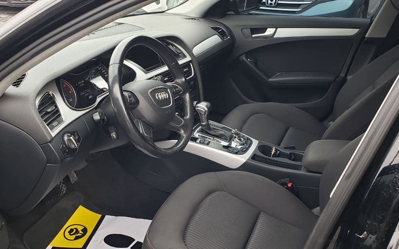 Audi A4 2015 фото №9