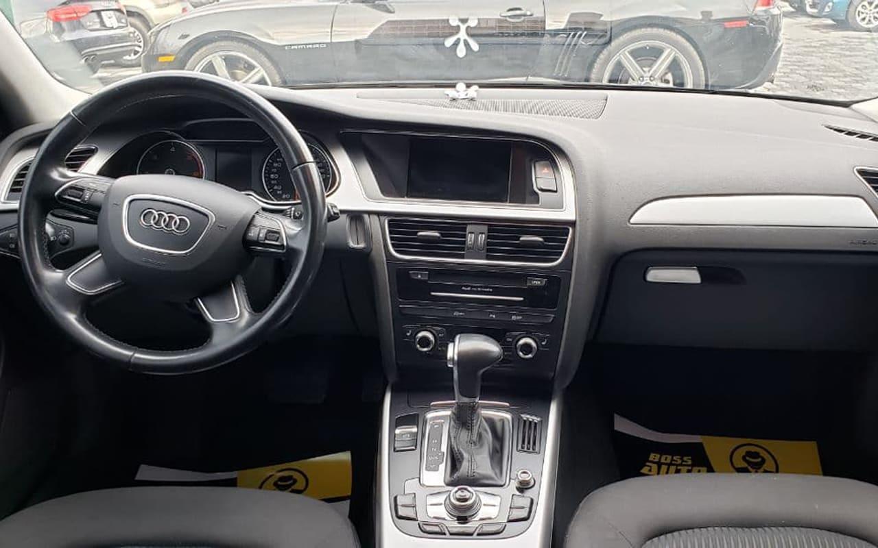Audi A4 2015 фото №11