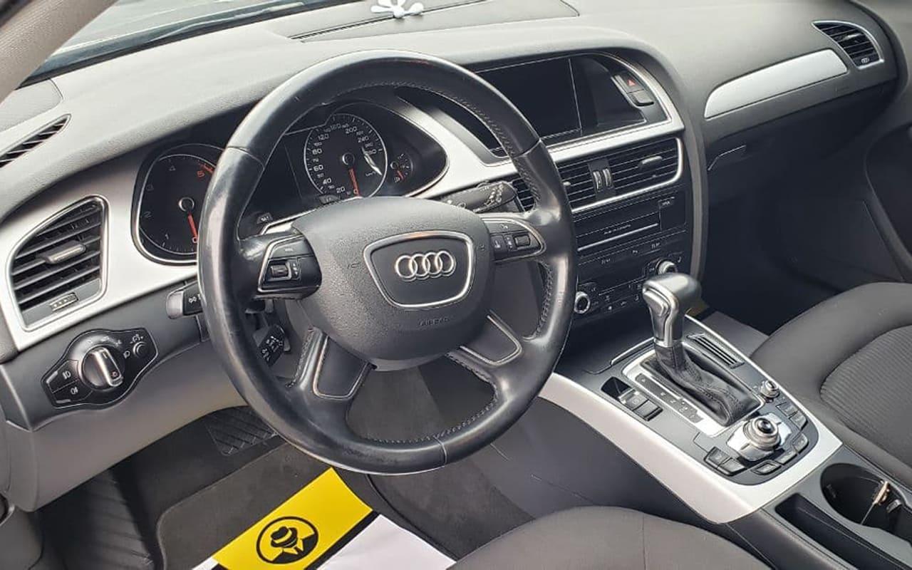 Audi A4 2015 фото №12