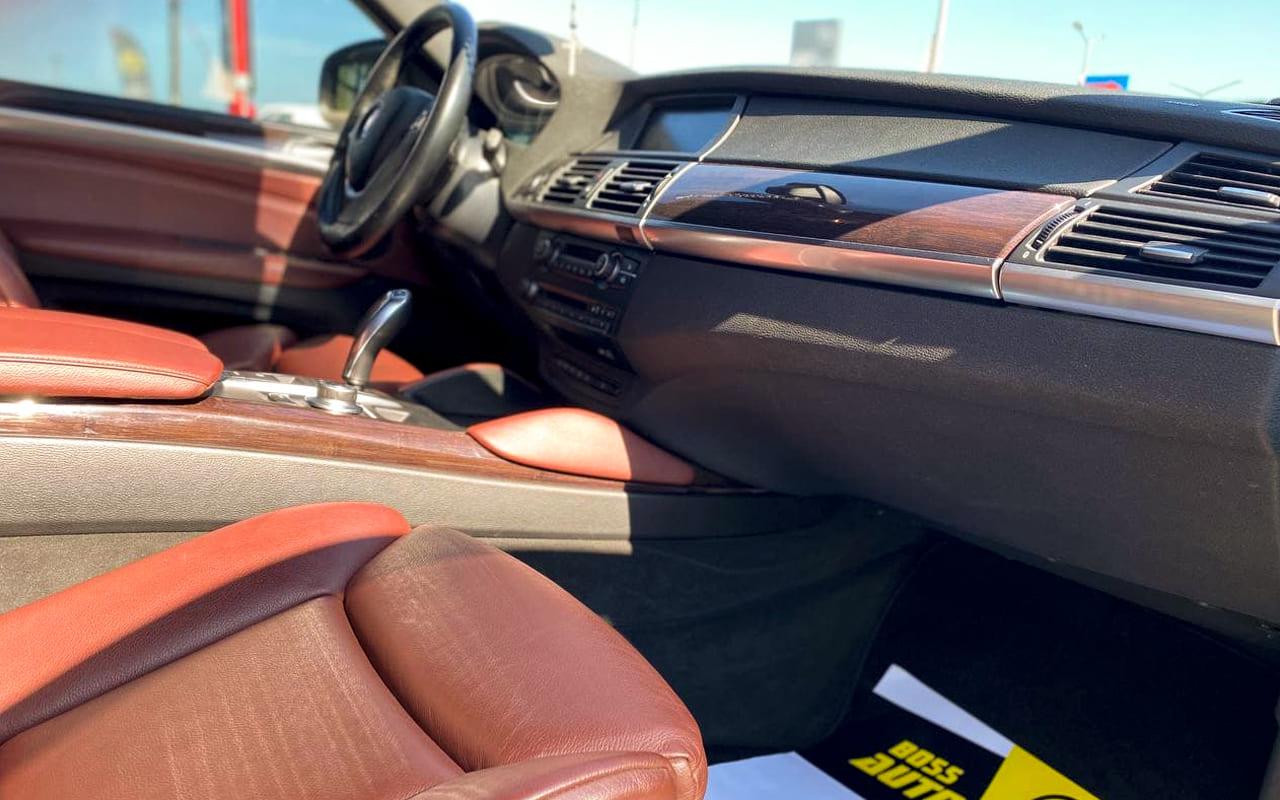 BMW X6 2008 фото №18