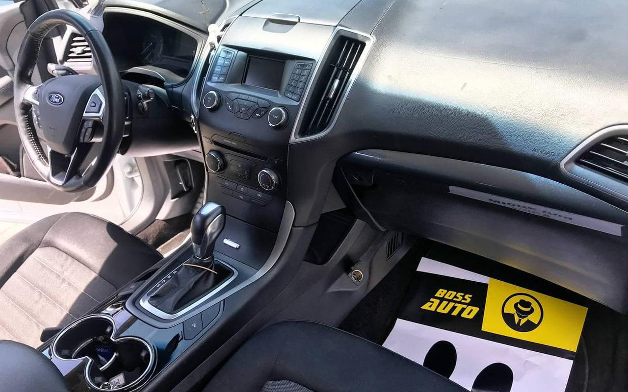 Ford Edge SE 2018 фото №9