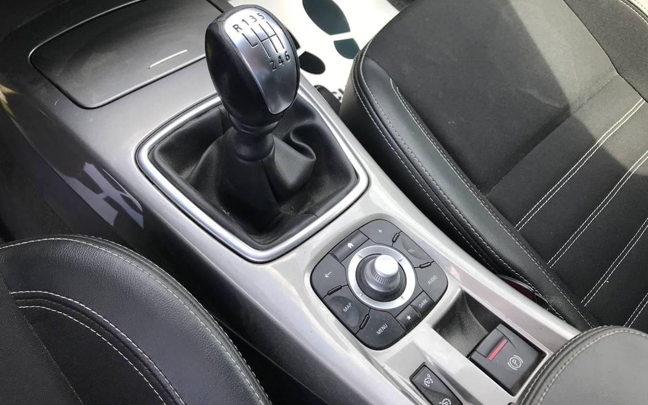 Renault Laguna 2015 фото №13