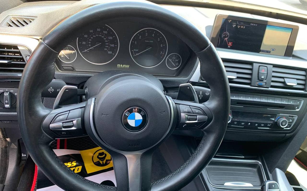 BMW 335 GT 2013 фото №16