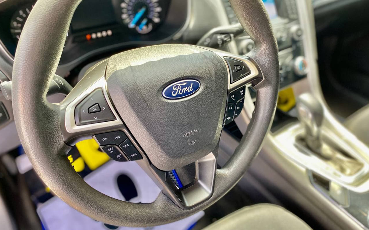 Ford Fusion 2013 фото №13