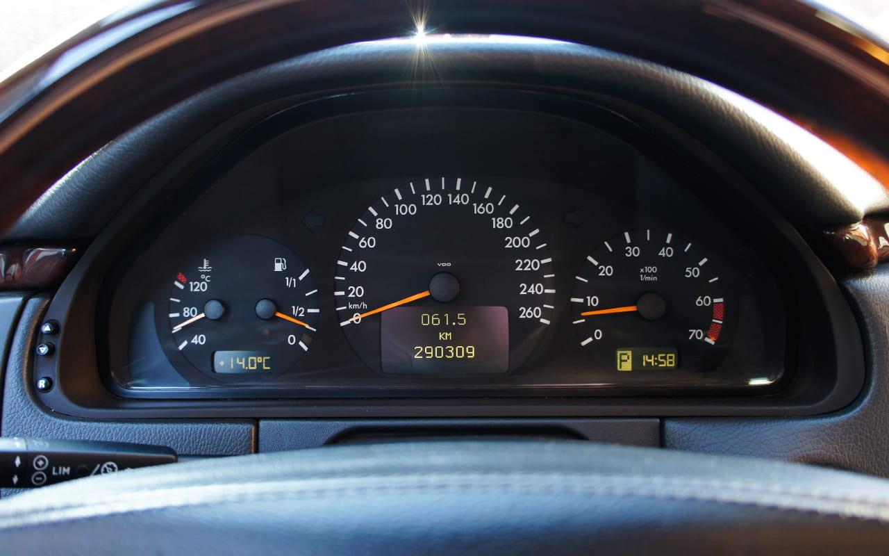 Mercedes-Benz E 430 4Matic 2000 фото №20