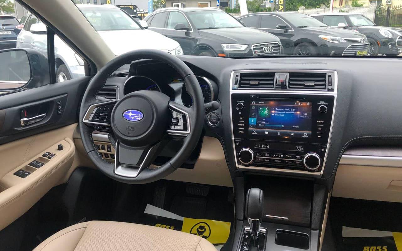 Subaru Outback 2018 фото №16