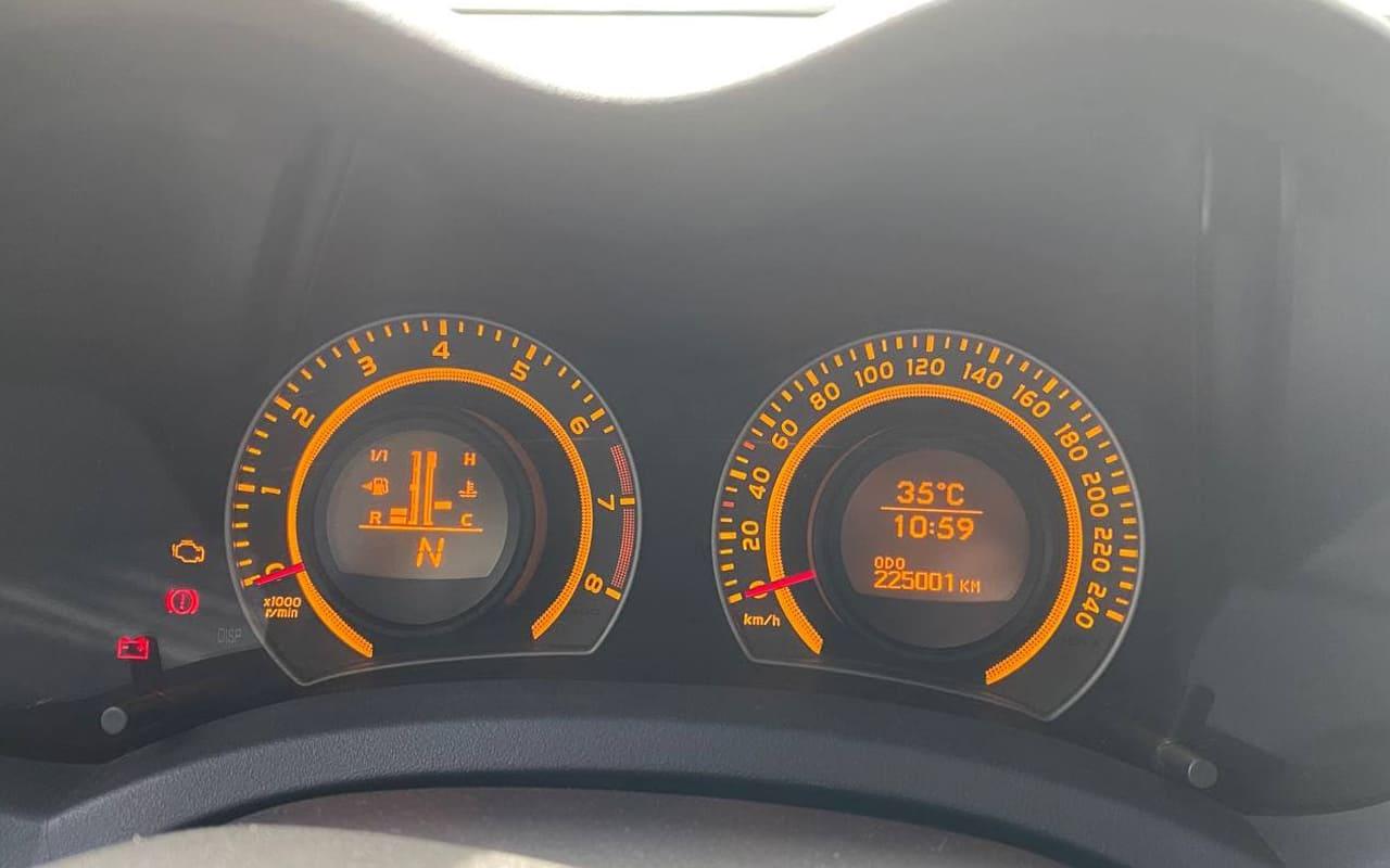 Toyota Auris 2008 фото №16