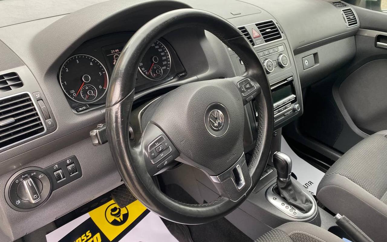 Volkswagen Touran 2014 фото №15