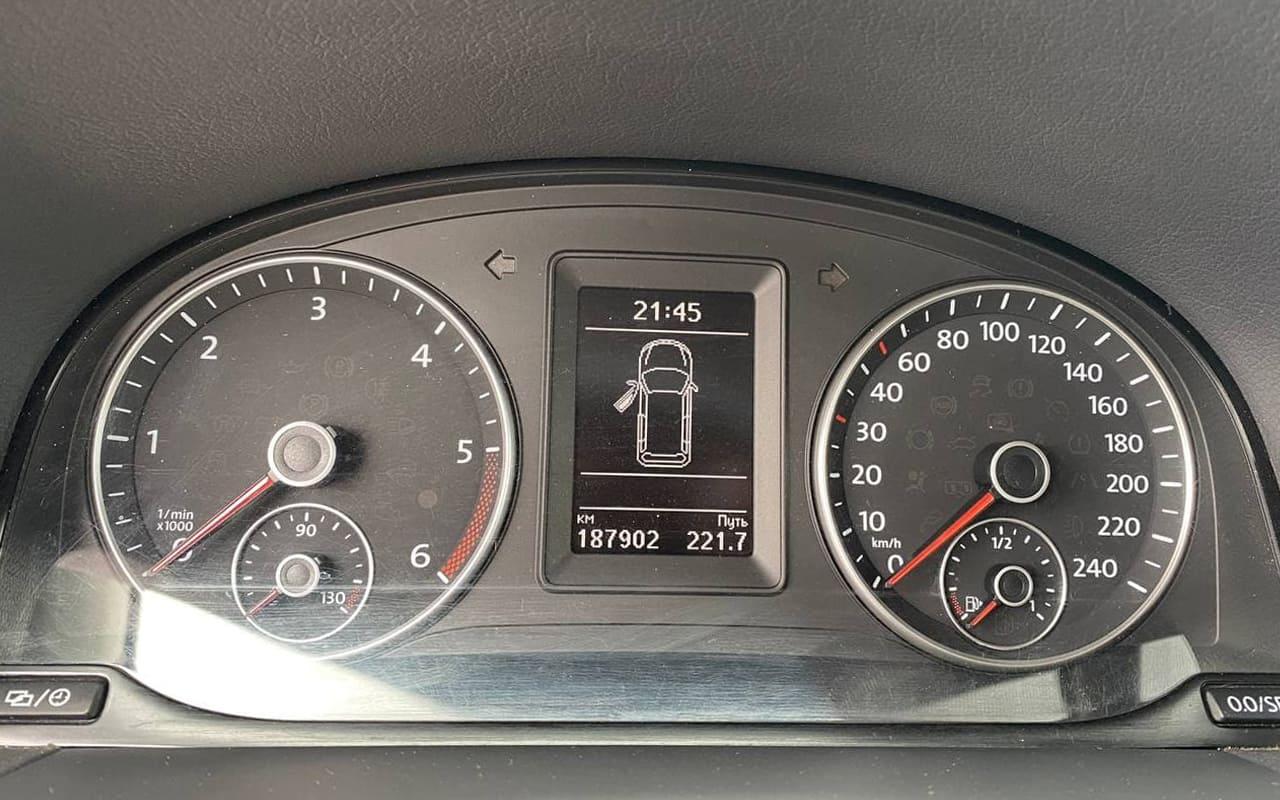 Volkswagen Touran 2014 фото №16