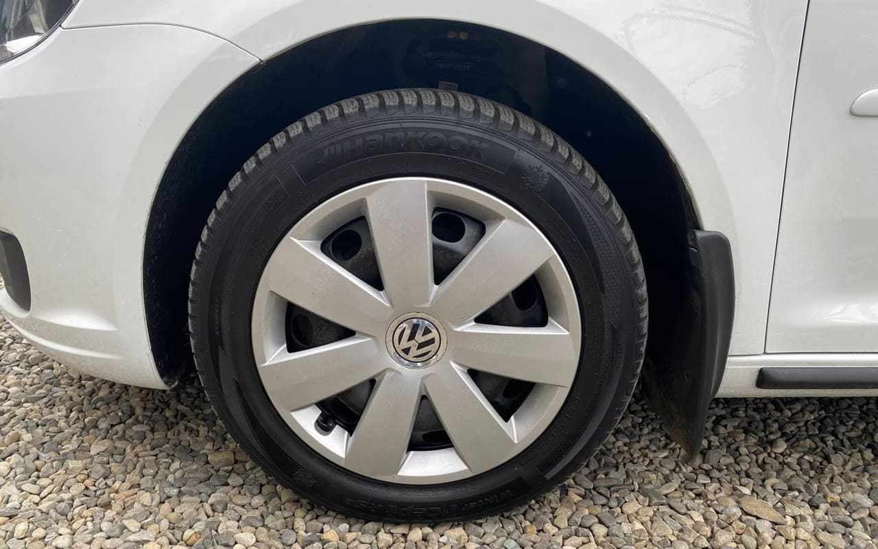 Volkswagen Touran 2014 фото №19