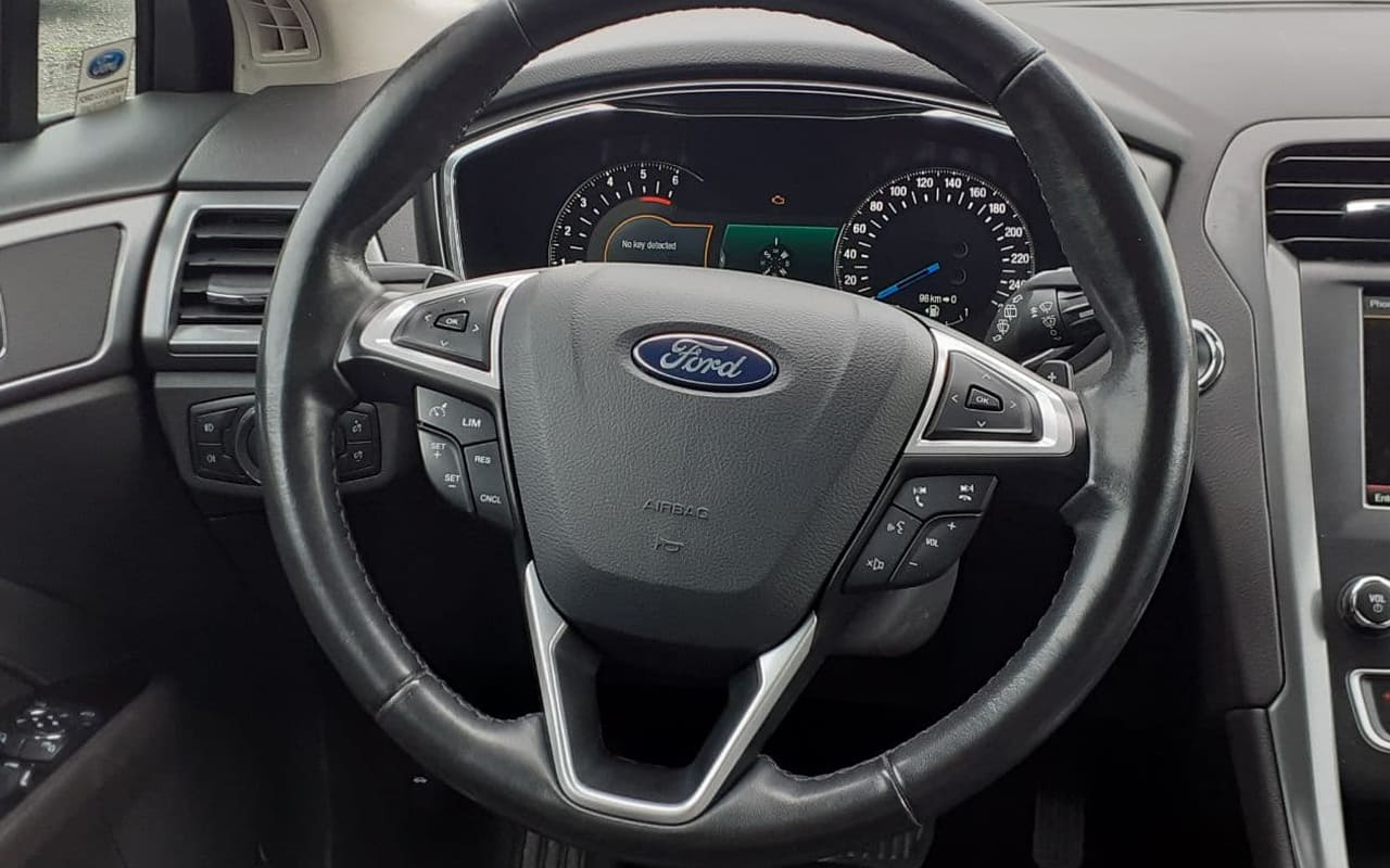Ford Mondeo 2015 фото №13