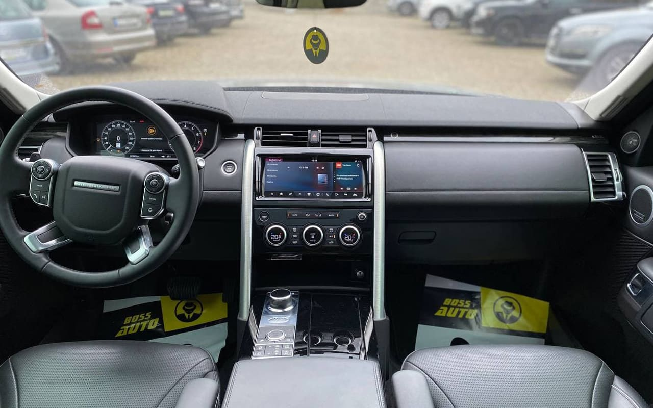 Land Rover Discovery 2018 фото №16