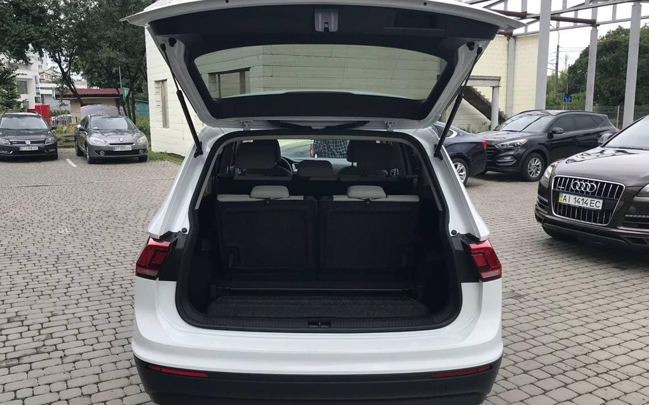 Volkswagen Tiguan S 2020 фото №20