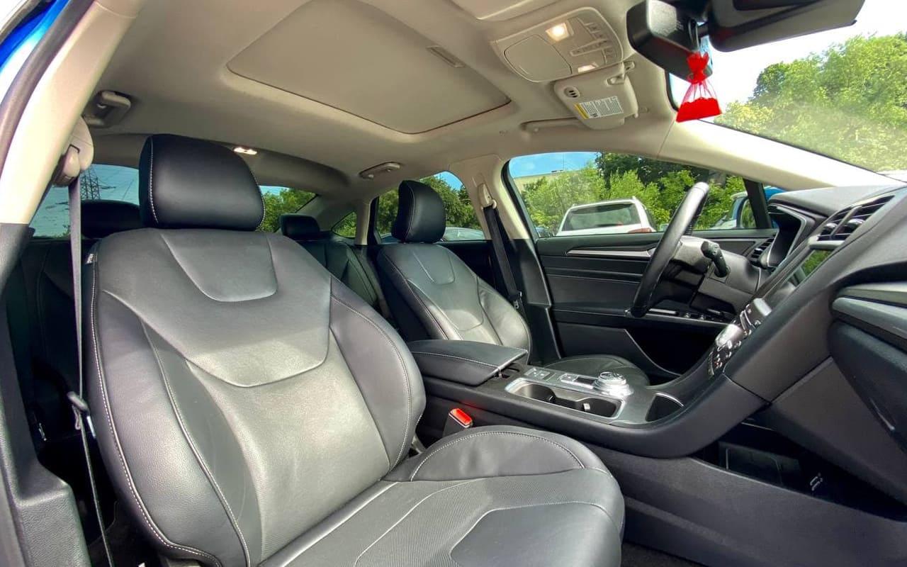 Ford Fusion hybrid titanium 2019 фото №17