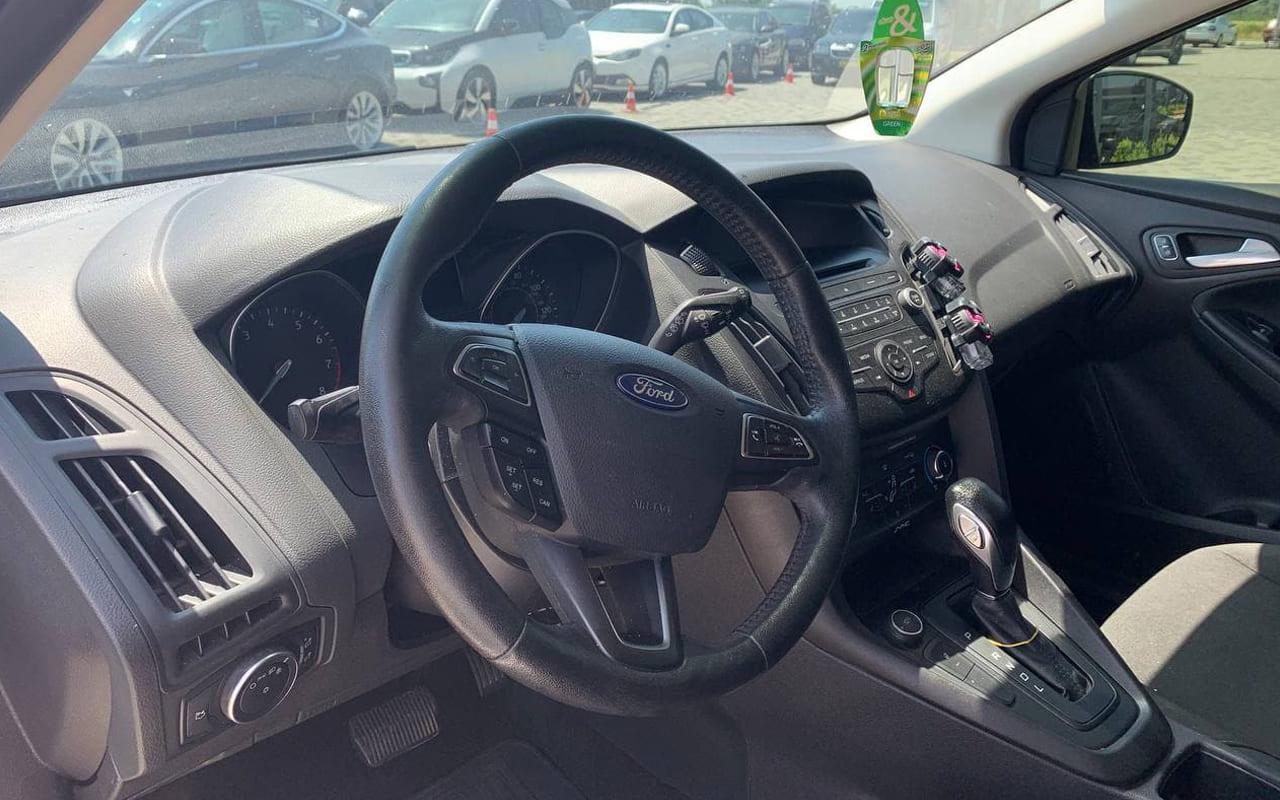Ford Focus 2017 фото №13
