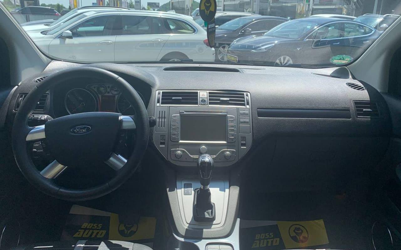 Ford Kuga 2011 фото №8