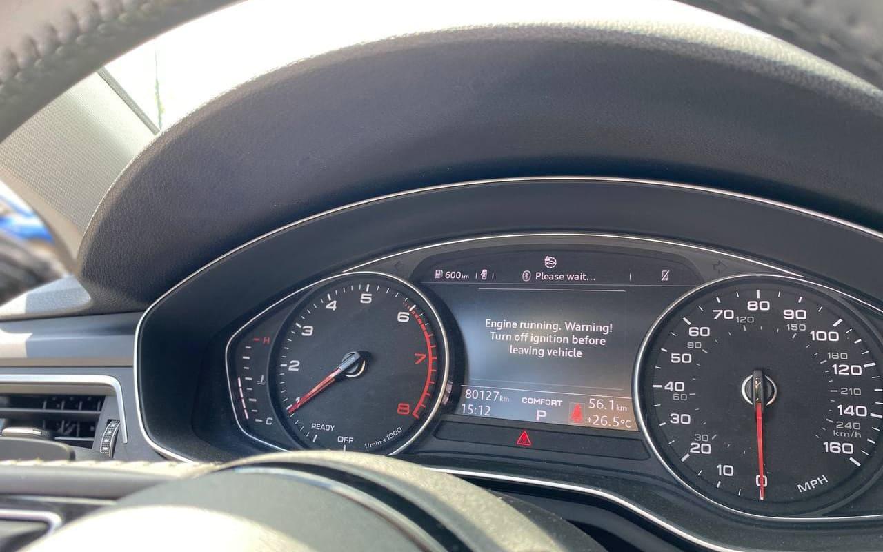 Audi A4 Premium 2018 фото №18