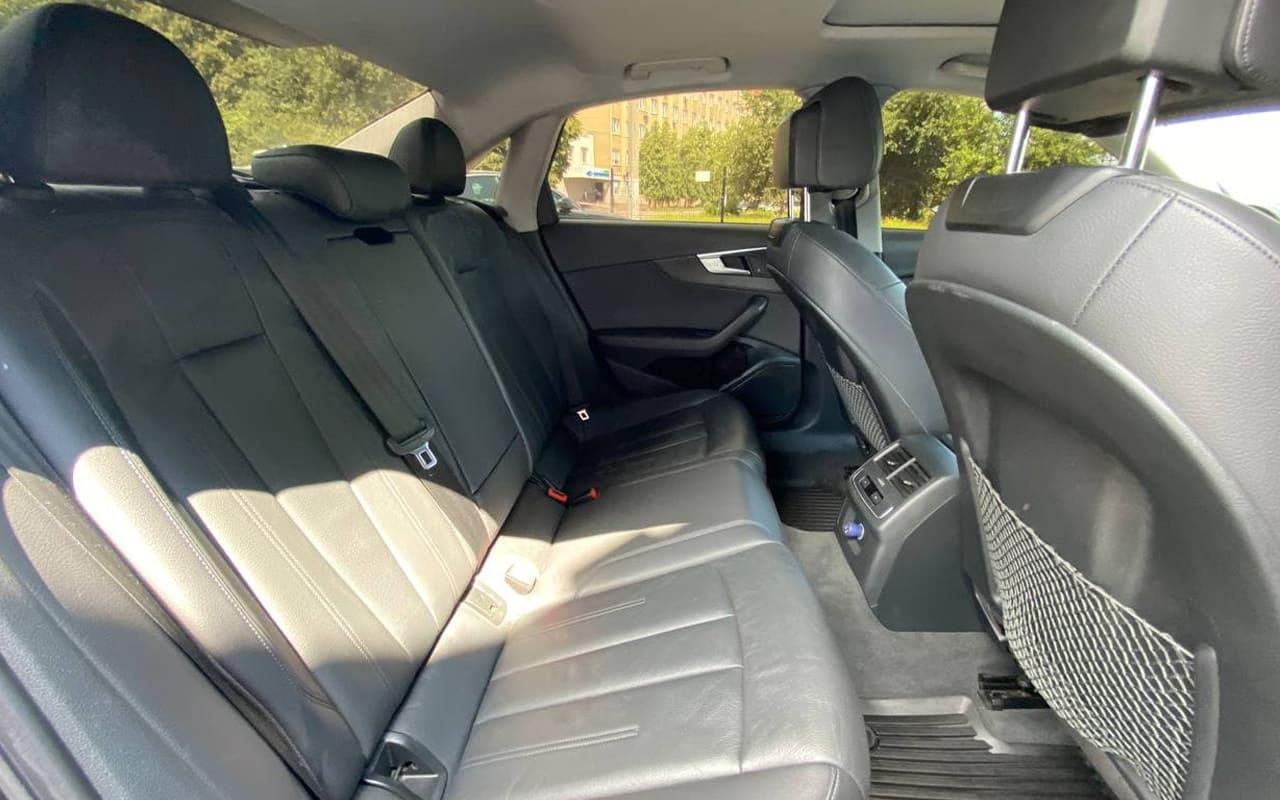 Audi A4 Premium 2018 фото №20