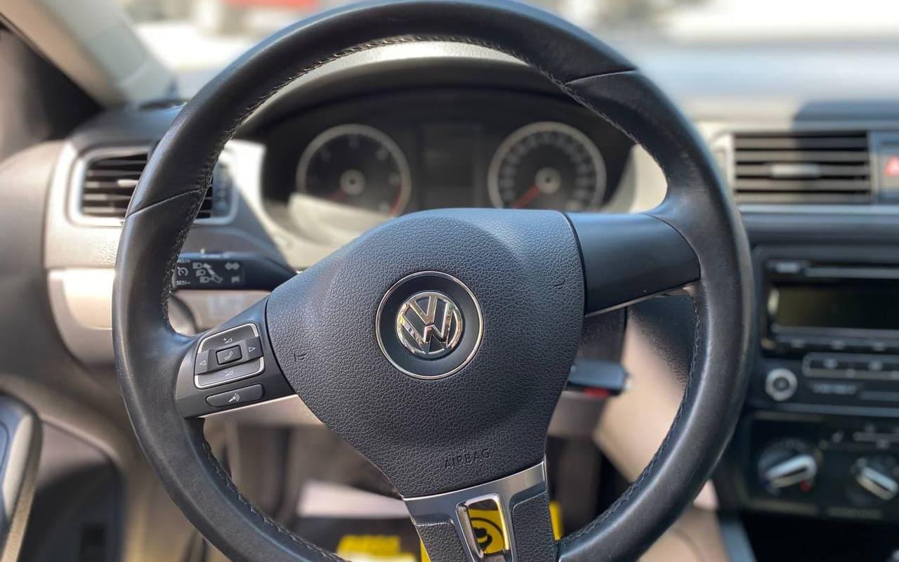 Volkswagen Jetta 2014 фото №12