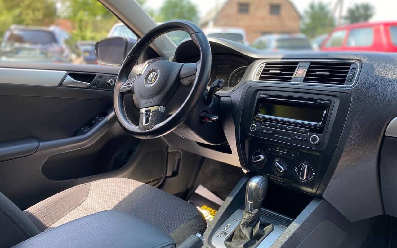 Volkswagen Jetta 2014 фото №13