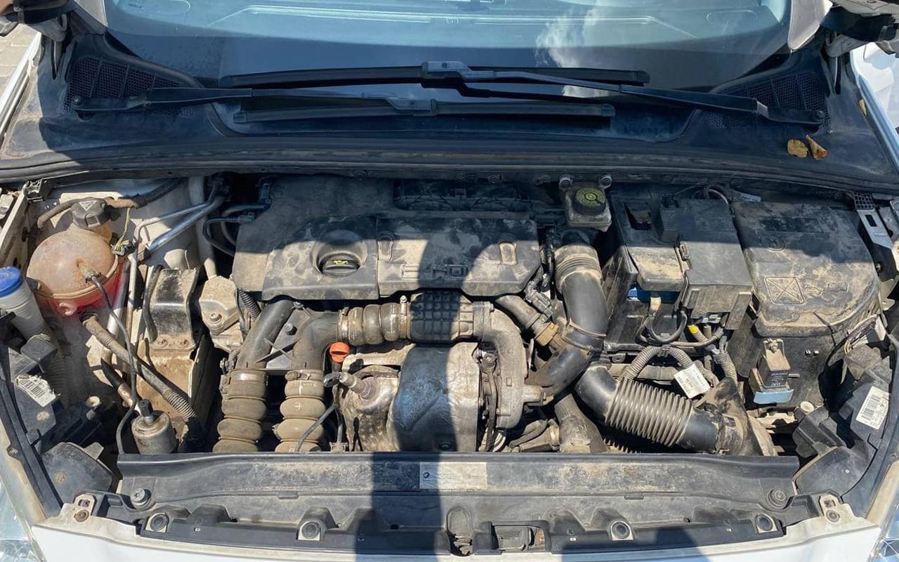 Peugeot 308 2011 фото №13