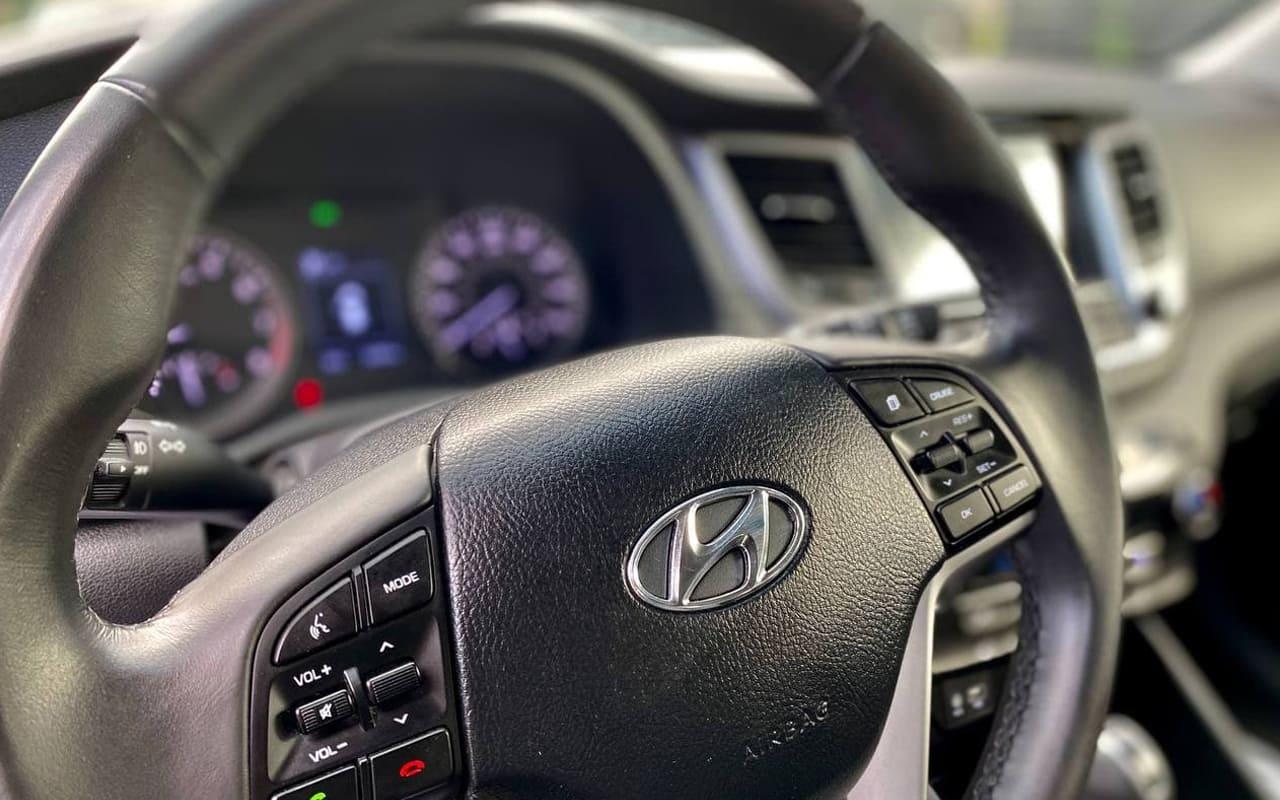 Hyundai Tucson Se Plus 2017 фото №16