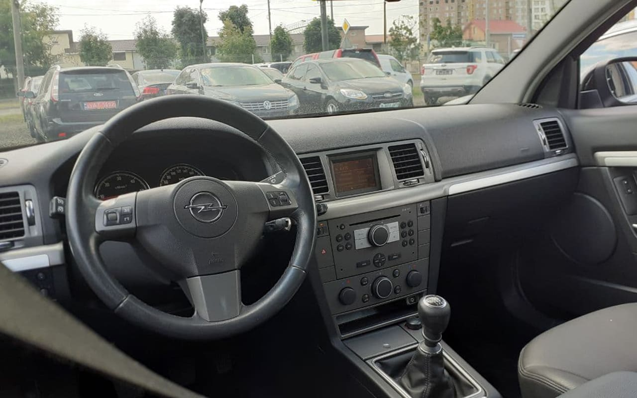 Opel Signum 2008 фото №18