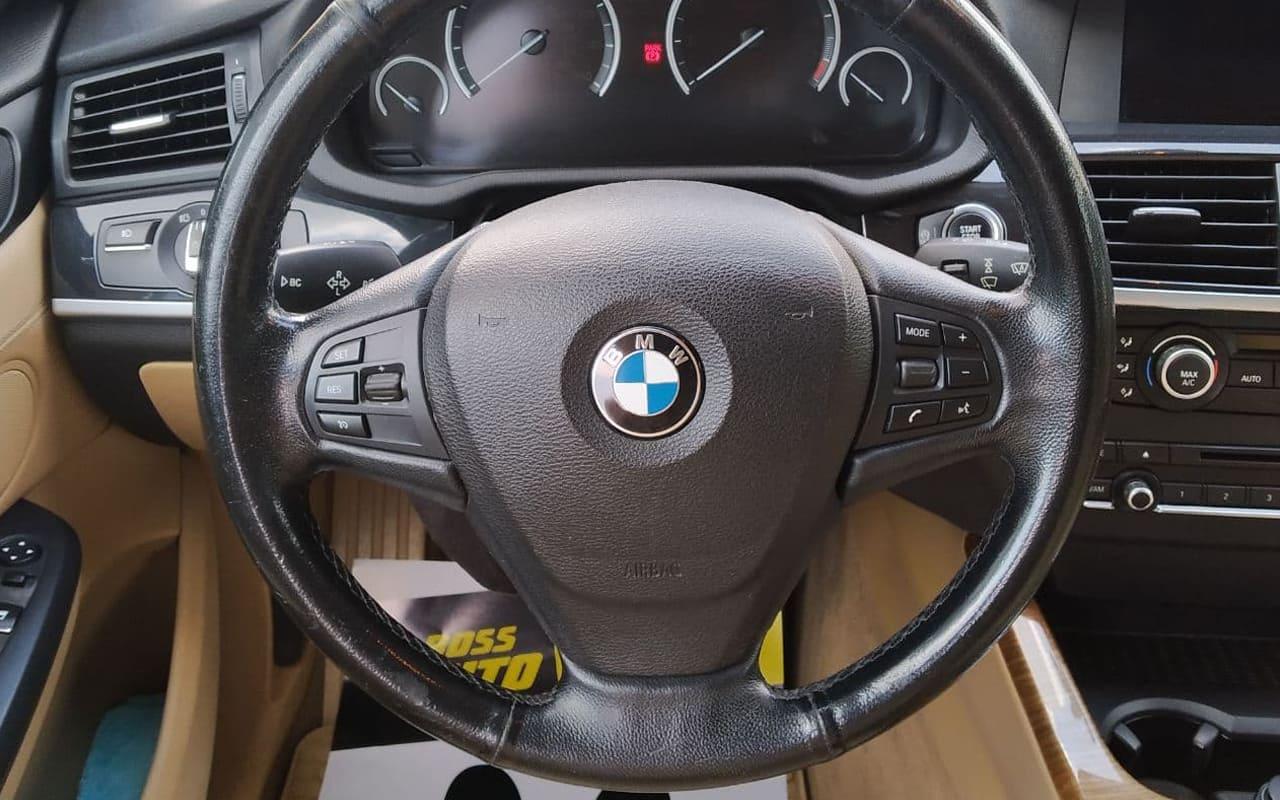 BMW X3 2013 фото №19