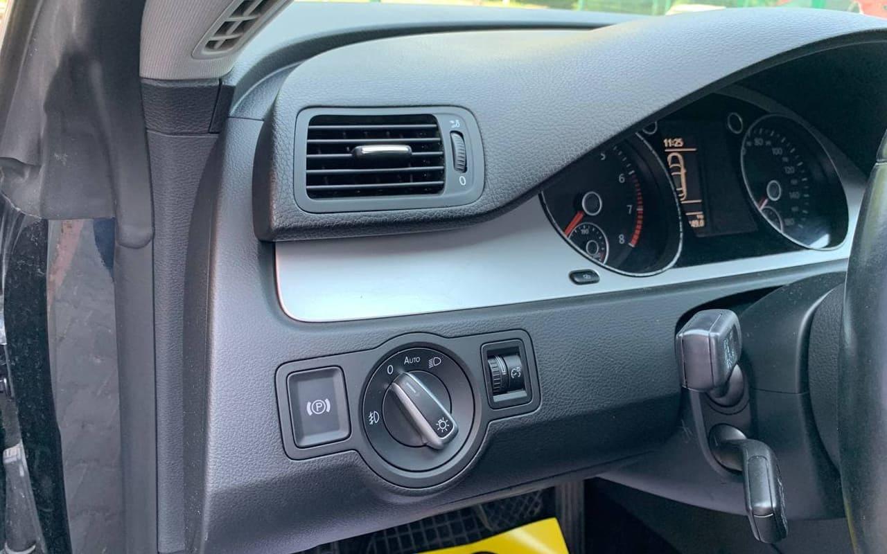Volkswagen CC 2010 фото №16