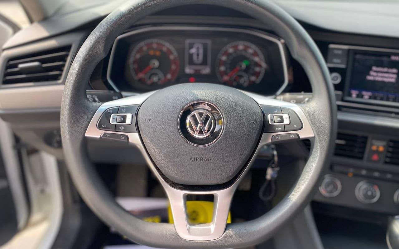 Volkswagen Jetta 2019 фото №13