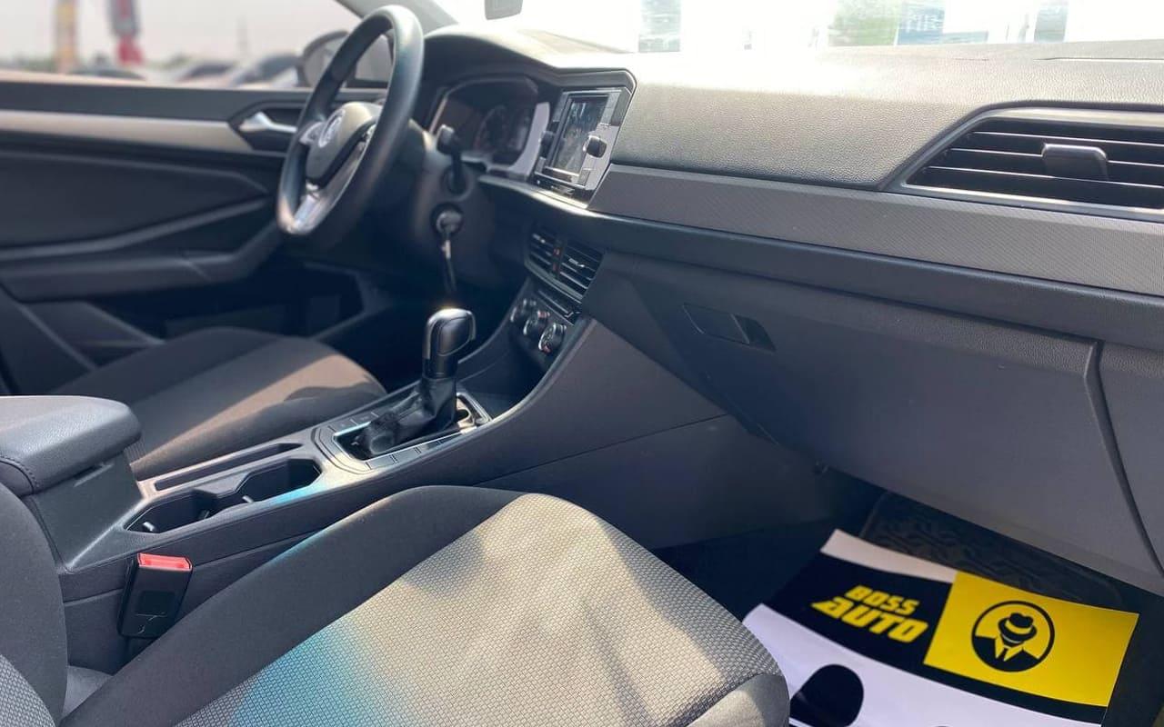 Volkswagen Jetta 2019 фото №15