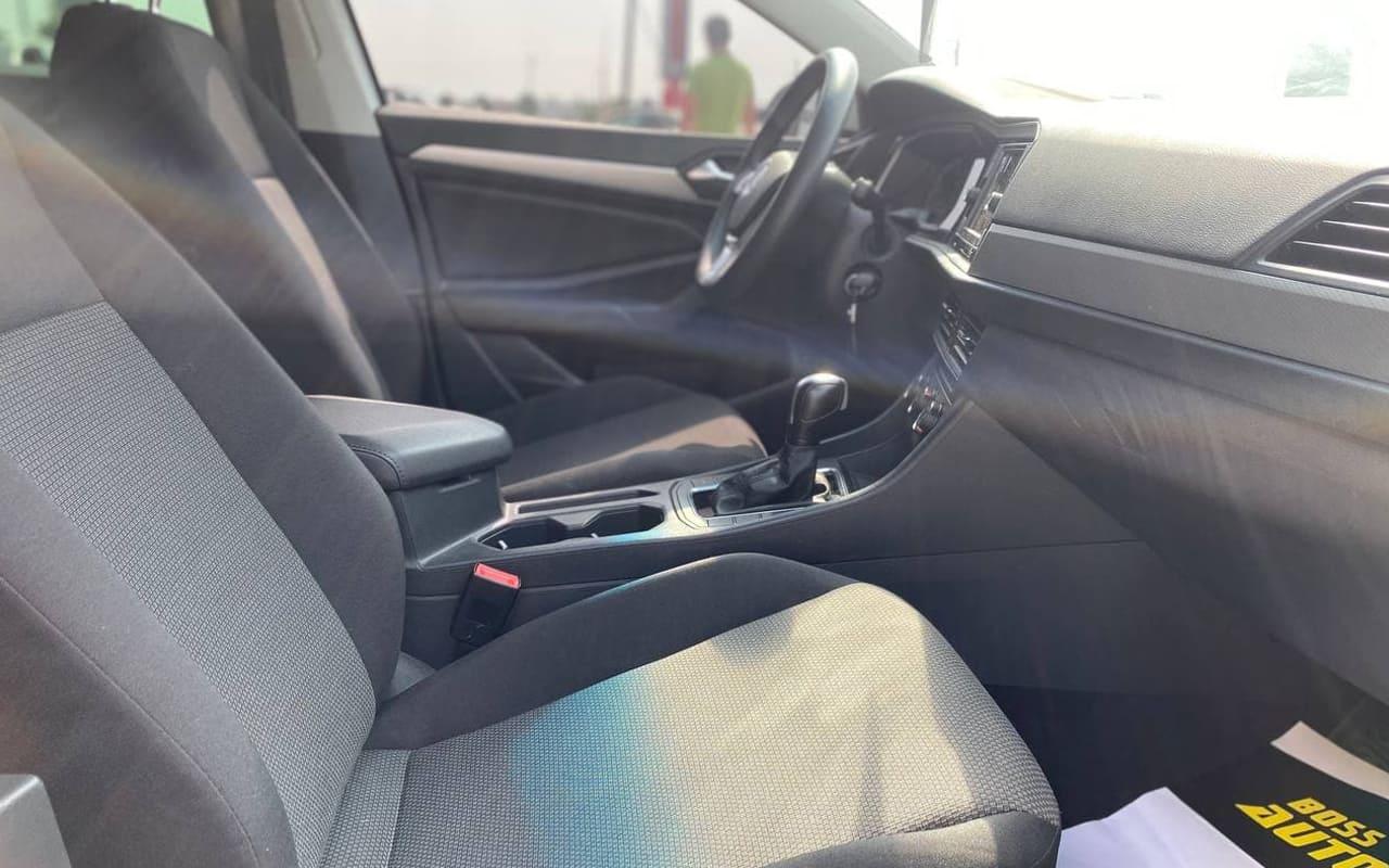 Volkswagen Jetta 2019 фото №16