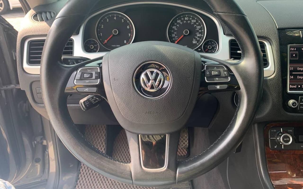 Volkswagen Touareg 2013 фото №13