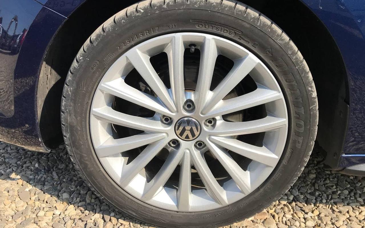 Volkswagen Jetta 2013 фото №19