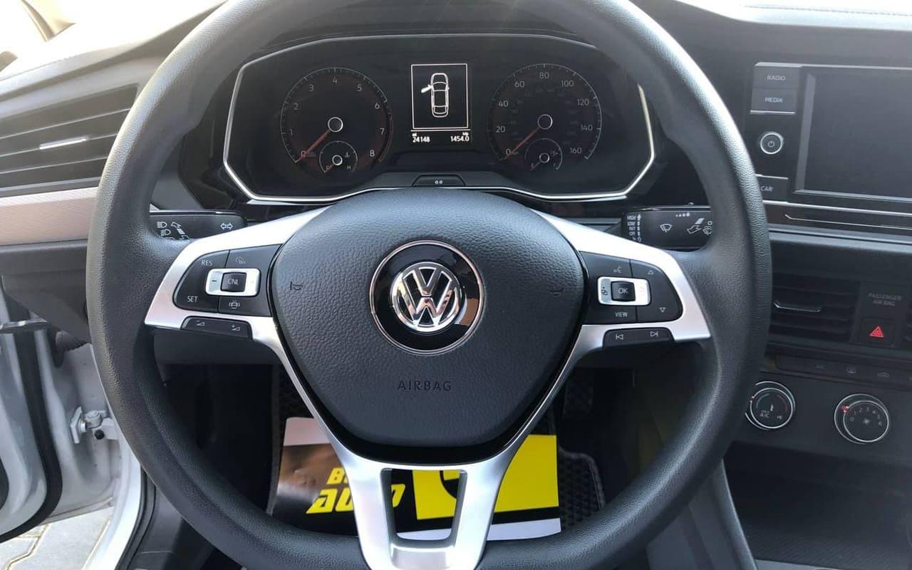 Volkswagen Jetta 2018 фото №11