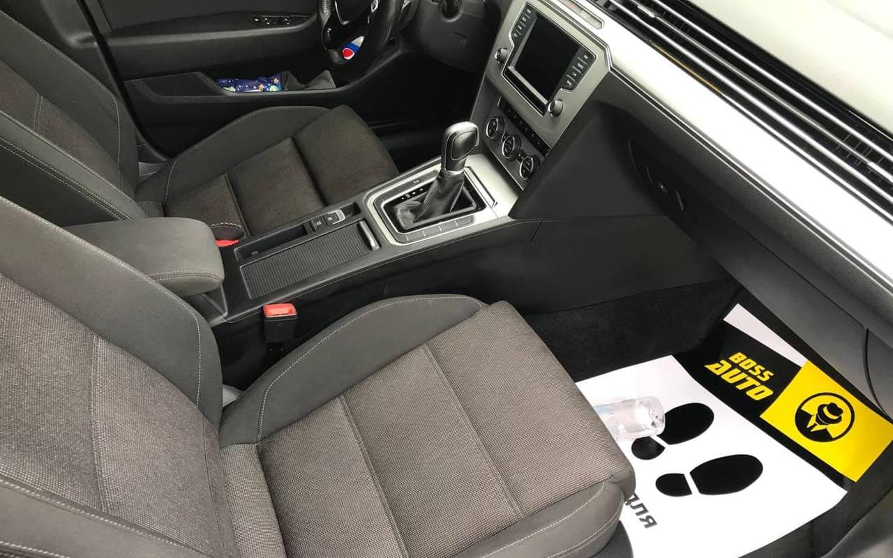 Volkswagen Passat 2016 фото №17