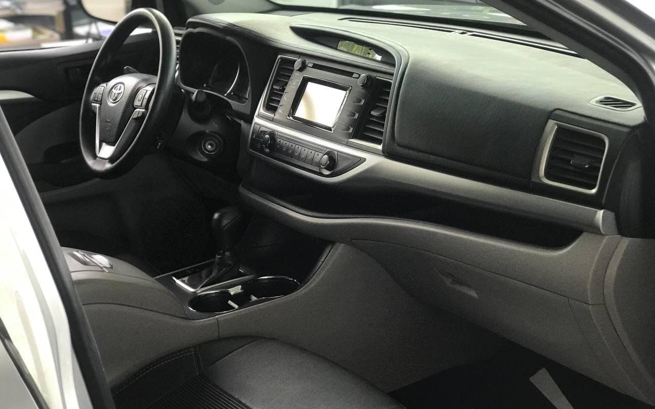 Toyota Highlander 2017 фото №18