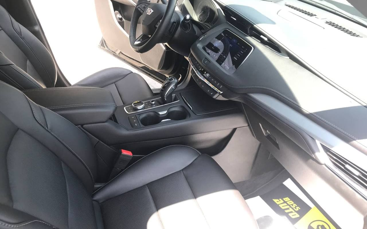 Cadillac xt4 Premium Luxury 2019 фото №18