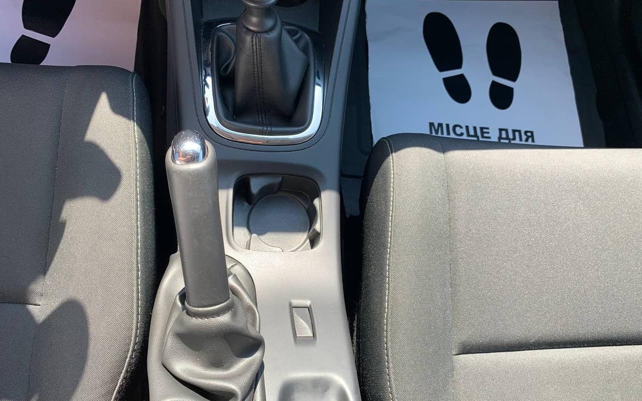Renault Megane 2012 фото №15