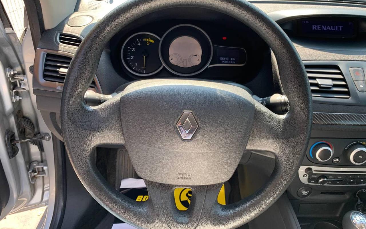 Renault Megane 2012 фото №16