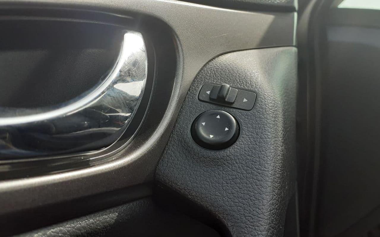 Nissan Rogue SV 2016 фото №17