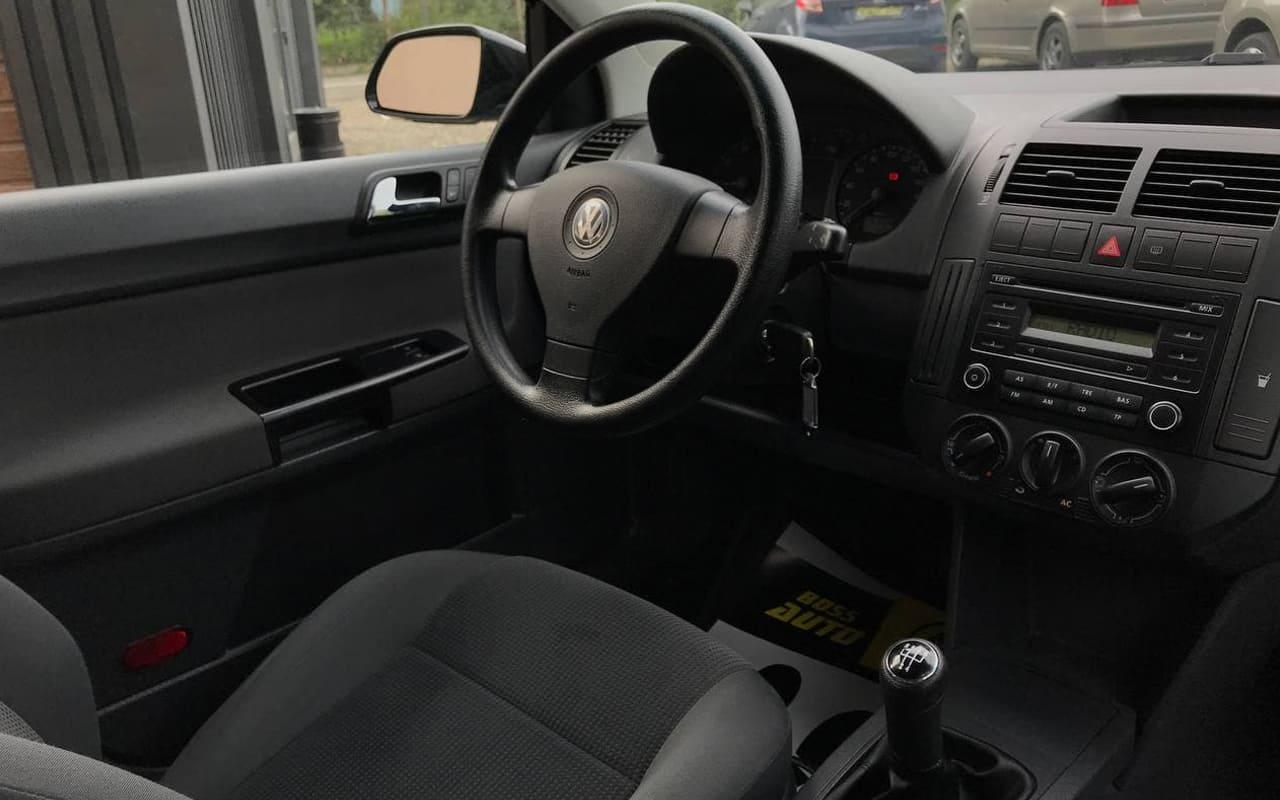 Volkswagen Polo 2008 фото №17
