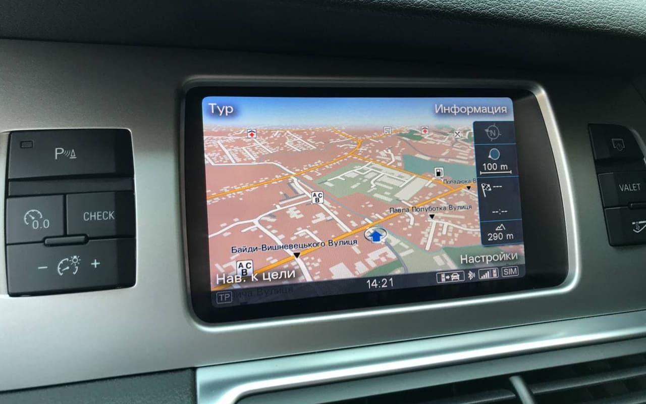 Audi Q7 2013 фото №16