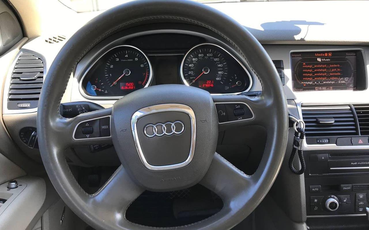Audi Q7 Premium Plus 2011 фото №17