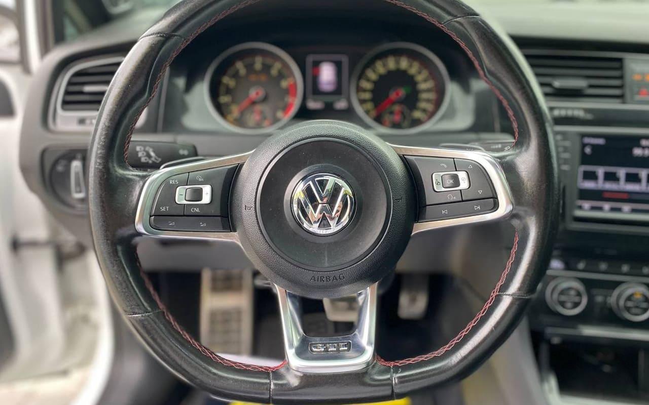 Volkswagen Golf GTI 2016 фото №18
