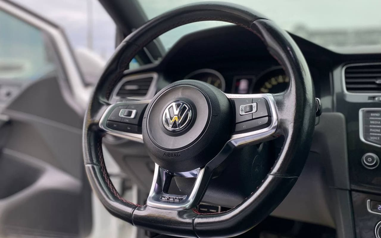Volkswagen Golf GTI 2016 фото №20