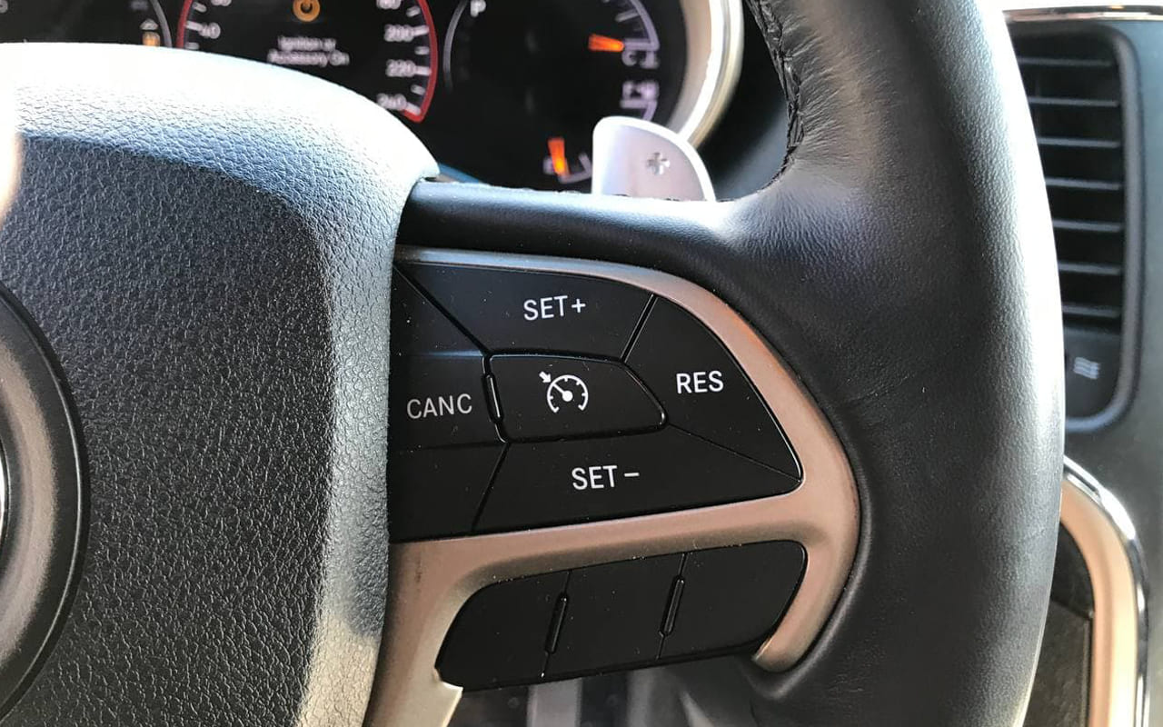 Jeep Grand Cherokee Laredo 2015 фото №13